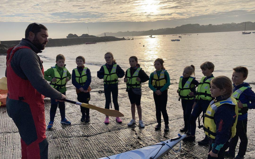 Séance de kayak pour les cm1